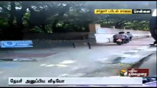 Two wheelers who breaks traffic rules in Chennai spl tamil video hot news 02-09-2015