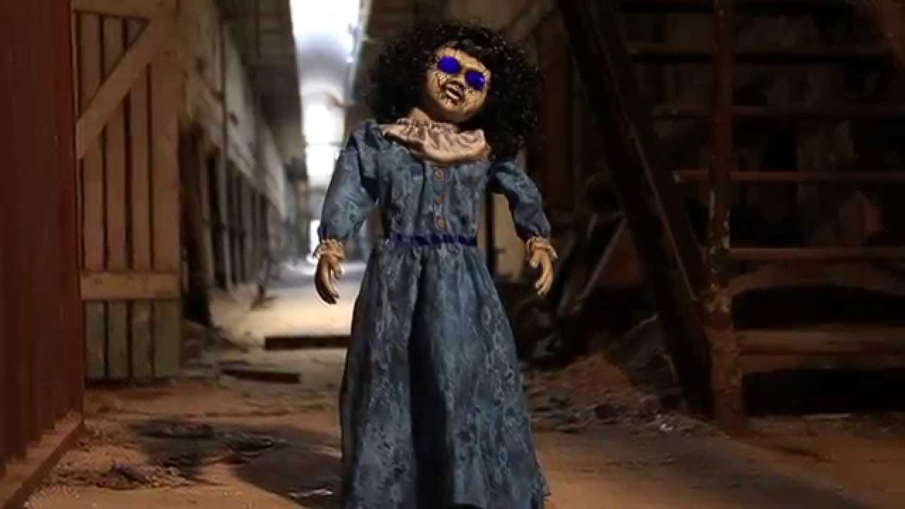 Roaming Antique Doll - Spirit Halloween - YouTube