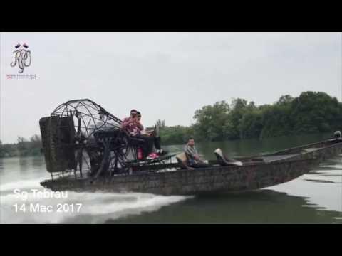 DYMM Sultan Johor Pandu Bot Lawat Sungai Tebrau