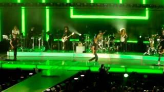 Enrique Iglesias - Tonight I'm loving you LIVE HD 2012 Boardwalk Hall Atlantic City NJ 7/29/12 Thumbnail