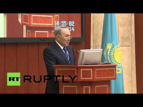 Kazakhstan: Prime Minister Akhmetov resigns, Masimov takes his place