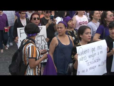 Con marcha, mazatlecas conmemoran Día Internacional de la Mujer