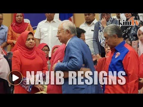 Najib quits as Umno, BN chief