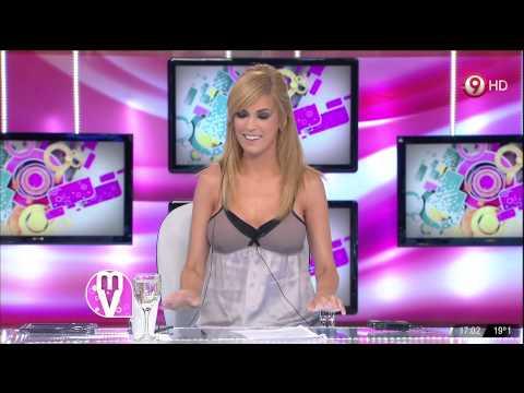 Viviana Canosa HD - Transparentando tetas (08-30 17-02-05) thumbnail
