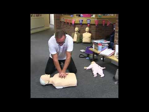 How to do CPR on an adult (2018 UK guidelines)