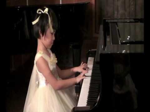 suoiviet Lop Bieu Dien PIANO He 2009 BE XUAN NGHI