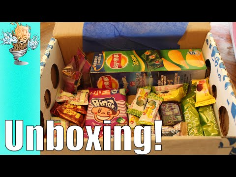 Graz Tries Snacks from Taiwan | UniversalYums.com Unboxing