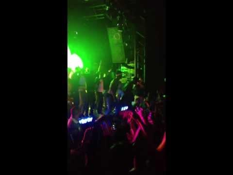 Casey Veggies & Travi$ Scott - UP (LIVE AT PNCXX TOUR LOS ANGELES) 8/1/13 HD