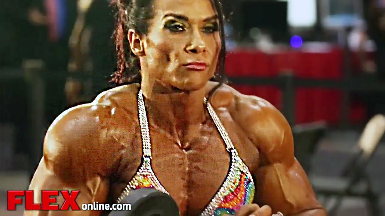 Female Muscle Up