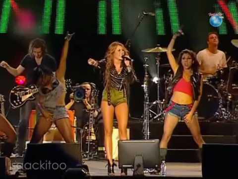 Miley Cyrus - Robot [Full HQ] - Rock In Rio Lisbon 2010