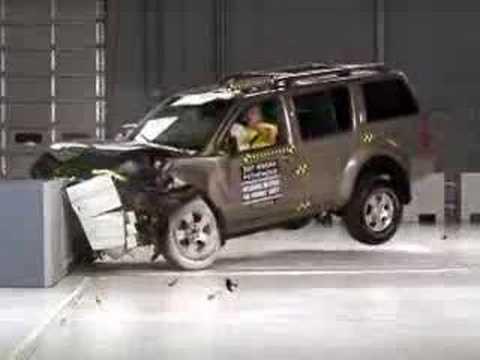 nissan armada crash test video. Black Bedroom Furniture Sets. Home Design Ideas