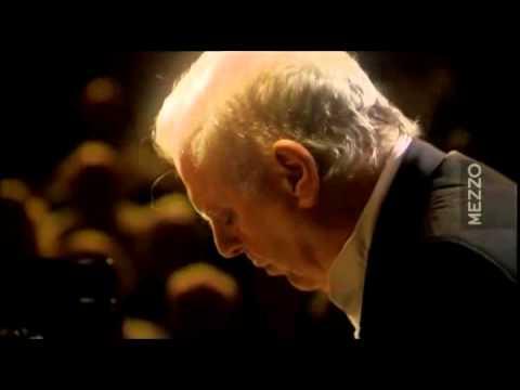 Beethoven Sonata N° 26 'Les Adieux'   Daniel Barenboim
