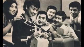 1965 年、日活映画『悲しき別れの歌』で本名の太田雅子名でデビュー、石...