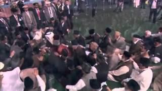 Punjabi Nazm: Asee Aan Qalandari Deewanay, Mahdi Pak Day, Allah De Piyaray Nabi Muhammad Di Khak Day