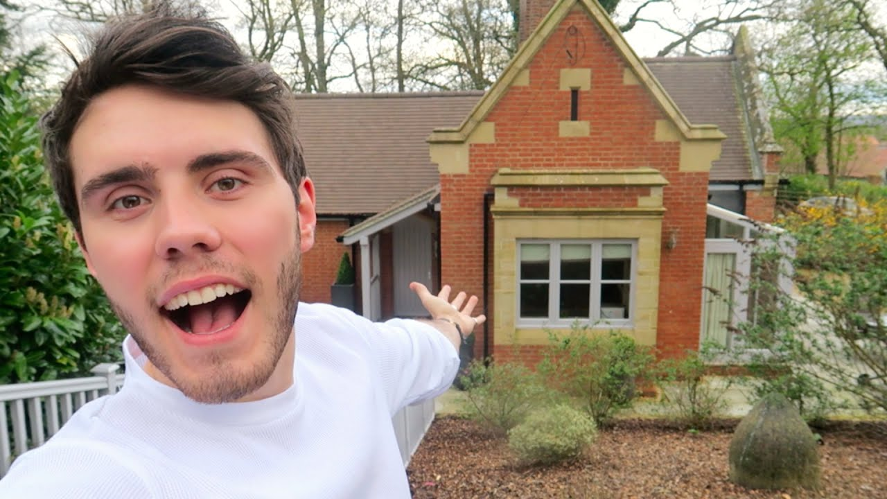 Zoe And Alfie New Home