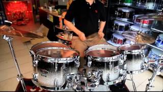 หนึ่ง มิสเตอร์ดรัมเมอร์ On Sakae Drums