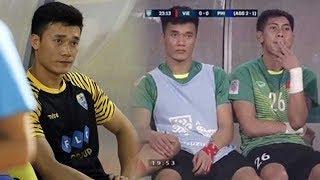 Ngồi ghế dự bị, thủ môn Bùi Tiến Dũng liên tục làm điều bất ngờ khi nhìn đồng đội tỏa sáng trên sân