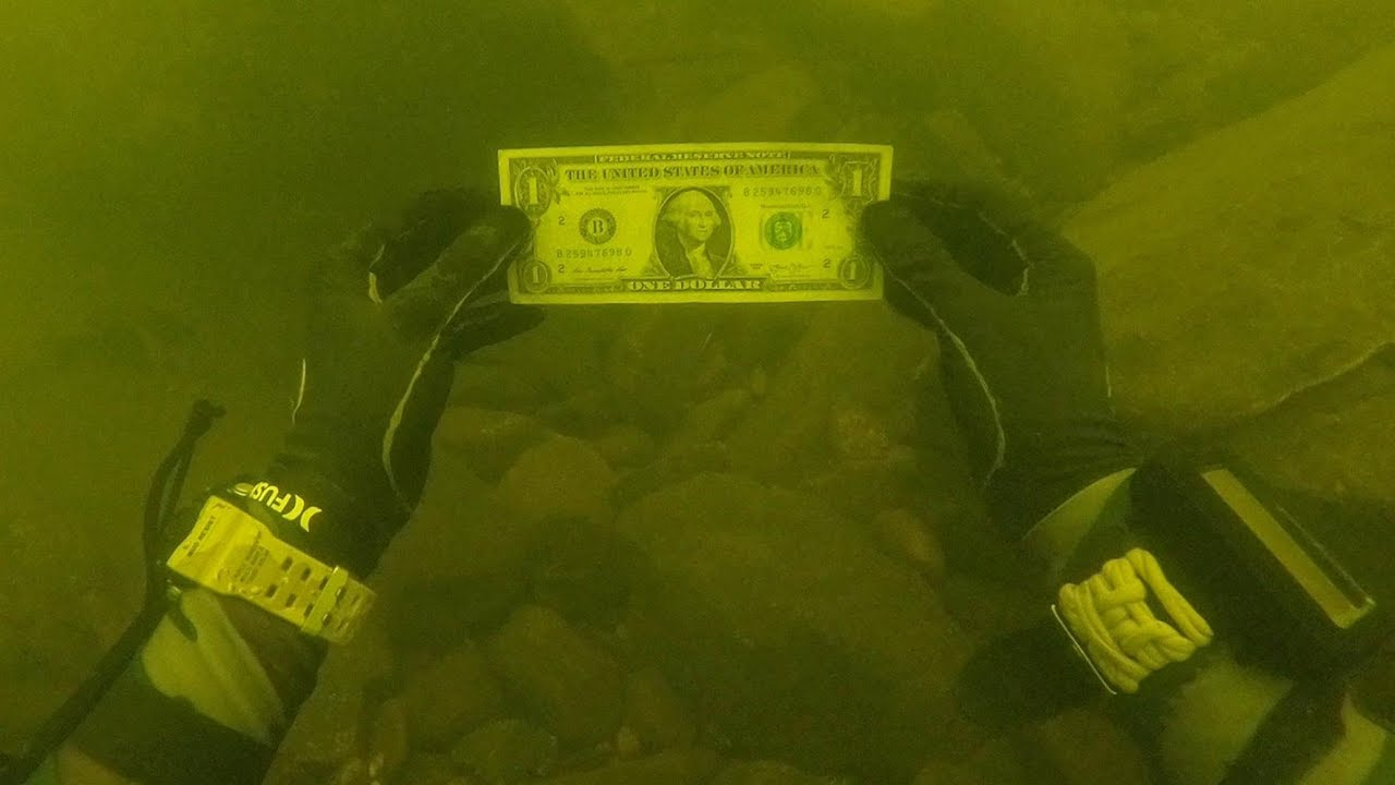 i-found-money-while-cleaning-trash-pile-underwater-in-river-scuba-diving