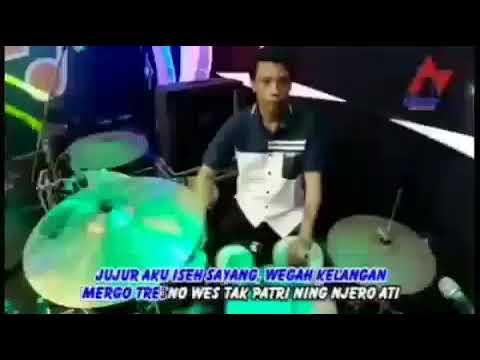 Via Vallen - Wegah Kelangan (Official Music Video) #1