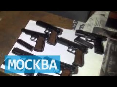 Москвич устроил в своей квартире оружейную мастерскую