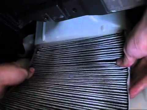 Замена салонного фильтра Вольво S40 (Volvo S40) - YouTube
