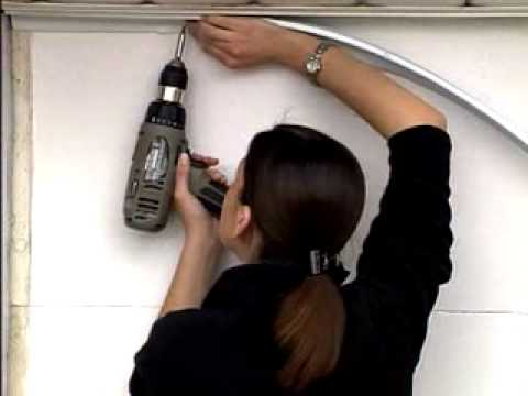 Installation de coupe froid pour ensemble de porte de garage youtube - Joint pour porte de garage basculante ...