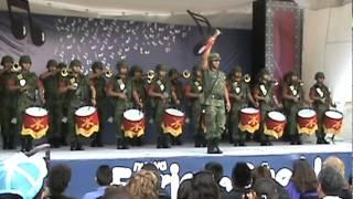 Banda de guerra interpretando la marcha 'La Coqueta'