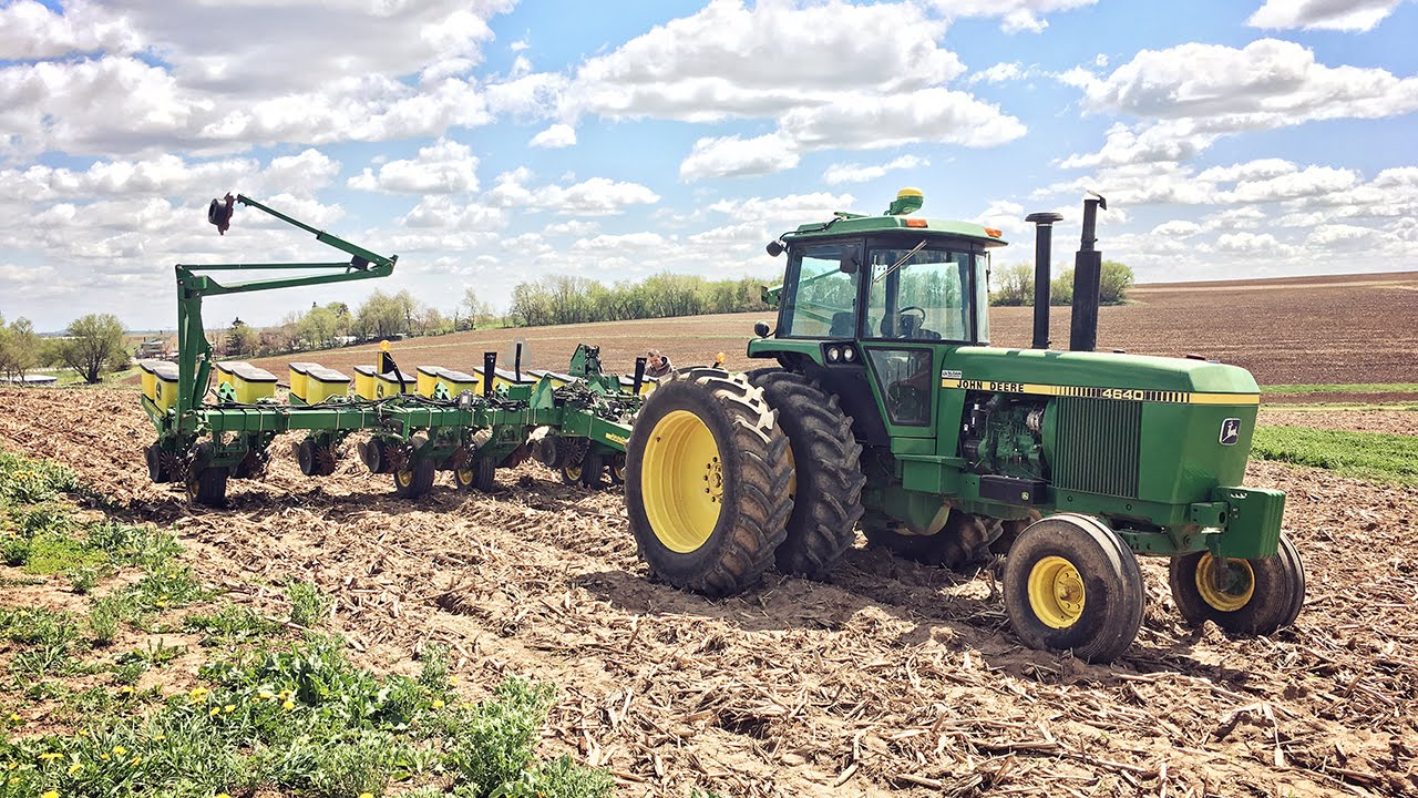 high exactemerge including to market planting planter row out systemapproach two show deere new the accurate releases mph speed john offers units rolls that system exactemerged planters at launches