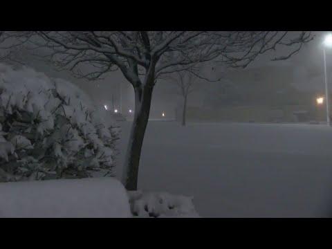 Snowstorm moving across New Mexico hits Albuquerque metro
