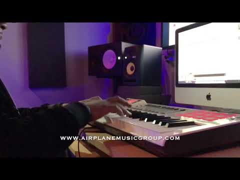 Scrilla Beats | Improv Freestyle | Airplane Music Group