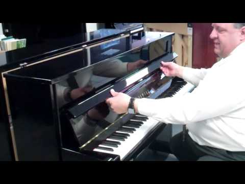 Yamaha B2 Studio Piano