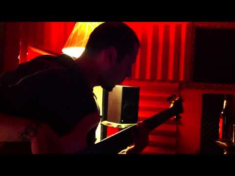 "Edenshade - ""Stendhal Got That Close"" recording sessions pt. 4 - Bass and Guitars"