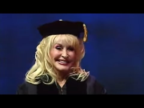 The University of Tennessee Awards Dolly Parton Honorary Doctorate (2009)