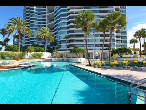 Spectacular Condo on the Bay in Sarasota, Florida