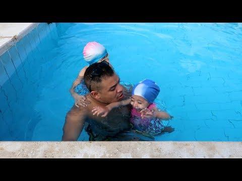 #مريم غرقت فى حمام السباحة !! وملكه وعبدالله  مش بيعرفو يعومو