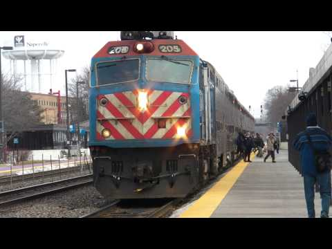 Burlington Northern Santa Fe (BNSF) Metra Commuter Train