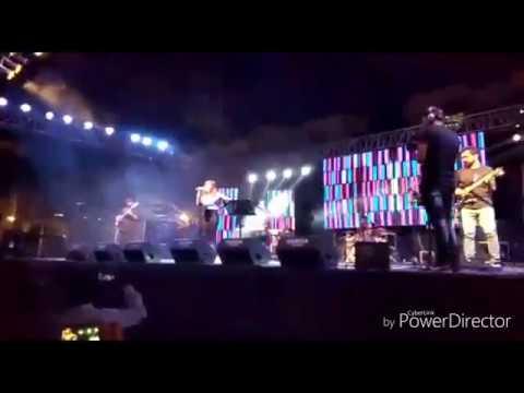 Live concert of Shirley setia at shri vaishnav institute of management college Indore