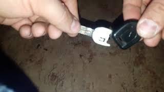Lancer 9 Как вытащить чип из запасного ключа.