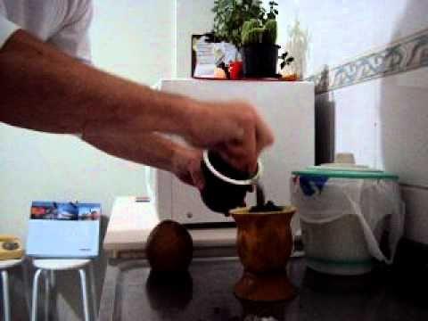 Resultado de imagem para curtindo uma cuia de chimarrão
