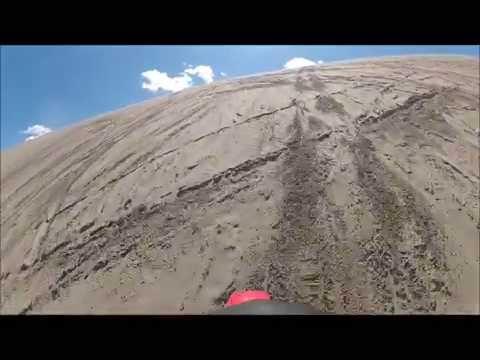 Honda CR 250 climbs Choke Cherry, St Anthony, Idaho