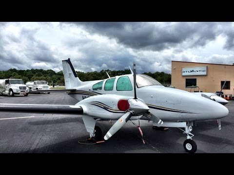 Pilot VLOG Wrong Frequency - Flying Beechcraft Baron From SGJ-LAL