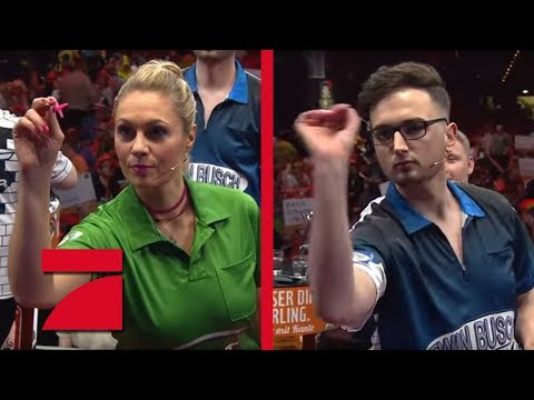 MarcelScorpion & Martin Schindler vs. Ruth Moschner & Peter Wright | Gruppenphase | Promi Darts WM