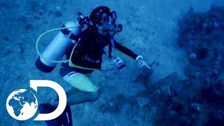 Diving For The Wreck Of Escobar's Submarine | Finding Escobar's Millions