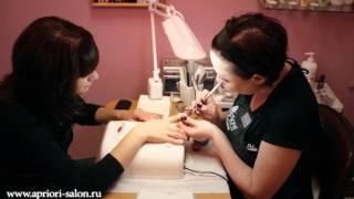 Наращивание ногтей в студии красоты