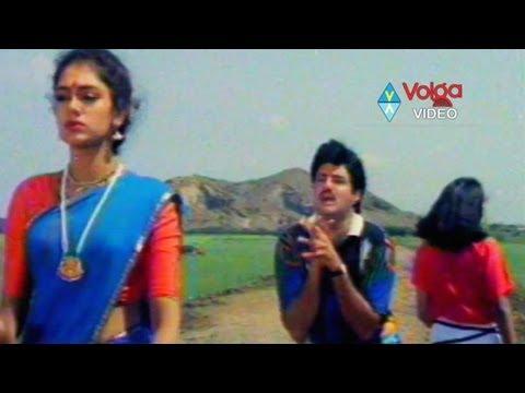 nari-nari-naduma-murari-movie-songs---duttala-unnave---bala-krishna-sobhana