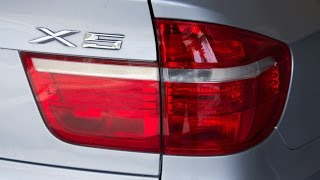 How to Replace BMW X-5 2007 Rear turn signal housing E-70