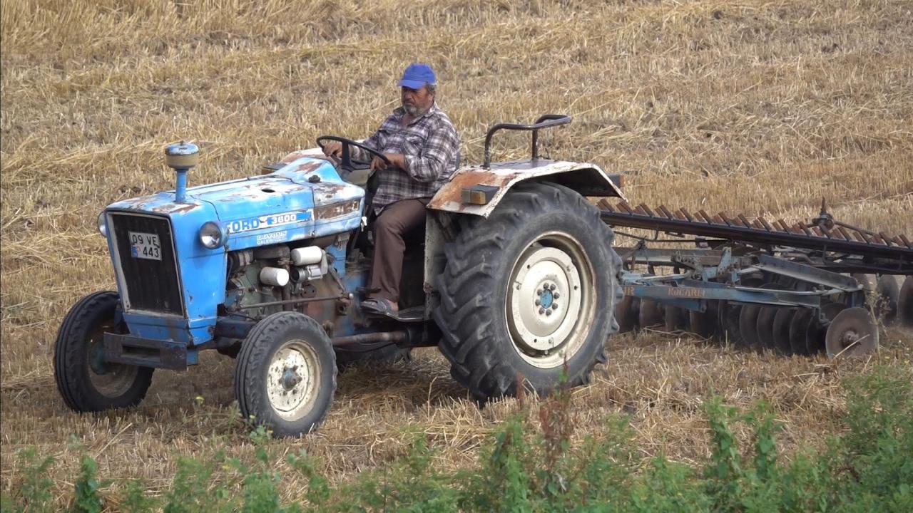 yillara meydan okuyan traktor ford 3600