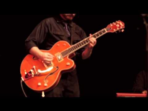 The Kickin' Mule Blues Band - Hear Me Talkin'