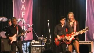 Andy Tielman - King of Indo-Rock -  optreden in Leeuwarden jaren geleden -