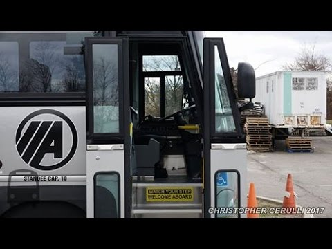 TAKE A LOOK AT ACADEMY'S NJ TRANSIT OWNED BUS 17121 BRAND NEW MCI D4500